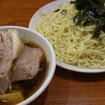 ラーメン【新宿】満来のチャーシューざるは肉と麺の比率がおかしい